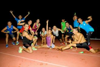 Goofing around with SRE gang post run - Photo credit Fendy Ahmad