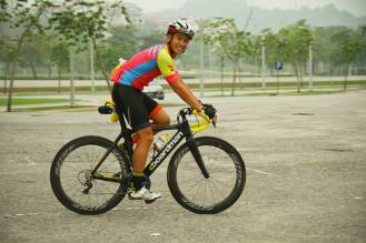 Jersey and cycling bib from Jakroo - photo credit Kental FC